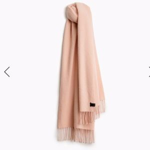 Rag and bone 100% cashmere fringed rose scarf